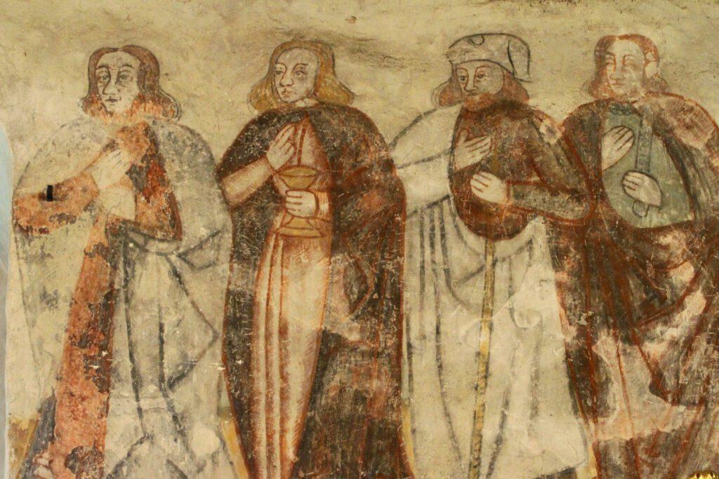 Rymättylän kirkon kuorissa on maalattuna kaikki 12 opetuslasta.